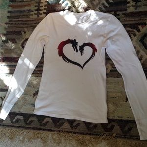 Tops - White thermal dragon heart design long sleeve